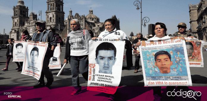La FGR informó que la Universidad de Innsbruck identificó los restos pertenecientes a uno de los 43 normalistas desparecidos de Ayotzinapa