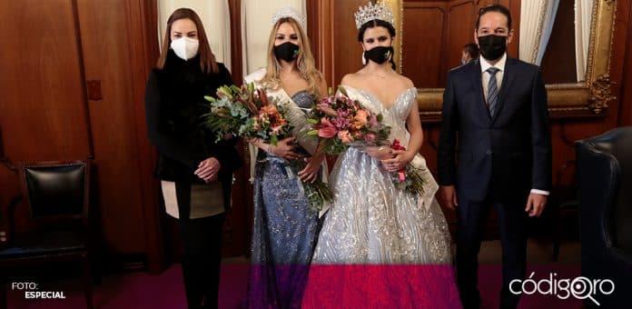 El gobernador de Querétaro, Francisco Domínguez Servién, presentó a Alejandra V como reina de las Fiestas de Navidad 2020. Foto: Especial