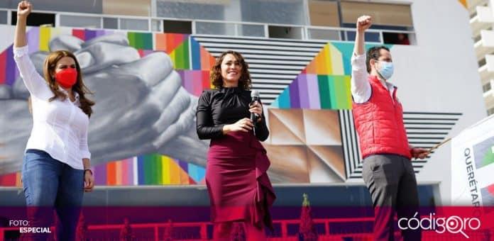 La diputada local Abigail Arredondo Ramos se registró como precandidata del PRI a la gubernatura del estado de Querétaro. Foto: Especial
