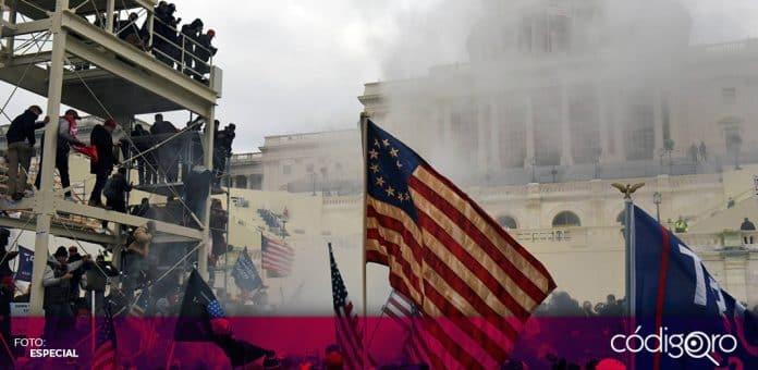 Tras la violenta irrupción al Capitolio, el presidente de Estados Unidos, Donald Trump, se va quedando solo. Foto: Especial