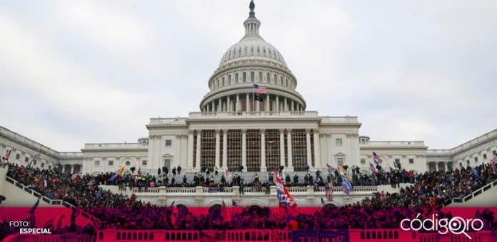 Seguidores del presidente de Estados Unidos, Donald Trump, irrumpieron en el Capitolio de Washington. Foto: Especial