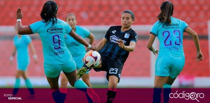 Gallos Blancos Femenil fue derrotado 1-2 por Mazatlán, en la cancha del Estadio Corregidora de Querétaro. Foto: Especial