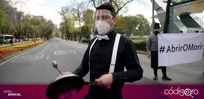 Trabajadores de restaurantes piden reabrir los establecimientos en la Ciudad de México. Foto: Especial