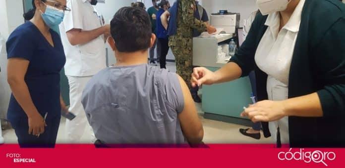 Suman 15 personas con reacciones graves por la vacuna de Pfizer contra COVID-19 en México. Foto: Especial