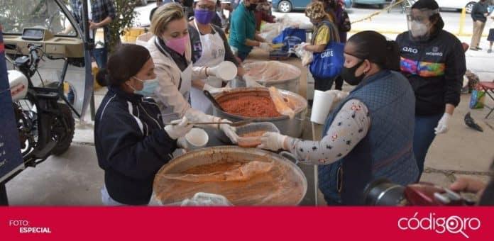 El programa Comedor en Tu Calle del DIF Municipal Querétaro beneficia a 9 colonias. Foto: Especial