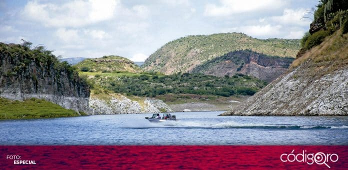 Cuerpos de emergencia lograron recuperar el cuerpo sin vida de un hombre fallecido en la presa Zimapán. Foto: Especial