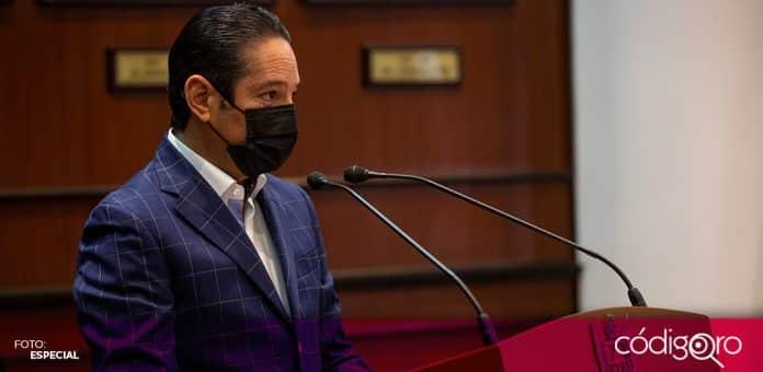 El gobernador Francisco Domínguez Servién puso en marcha el programa Certificados con Firma Electrónica Avanzada. Foto: Especial