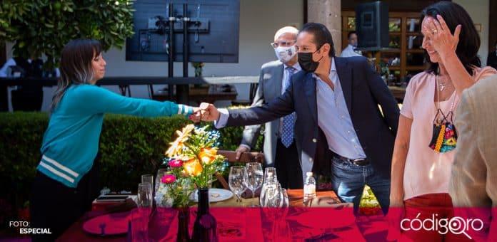 El gobernador de Querétaro, Francisco Domínguez Servién, inauguró la Colección de la Ruta del Arte y el Vino. Foto: Especial