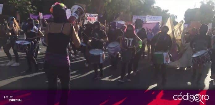 Feministas queretanas marcharon con motivo del Día Internacional de la Mujer. Foto: Especial
