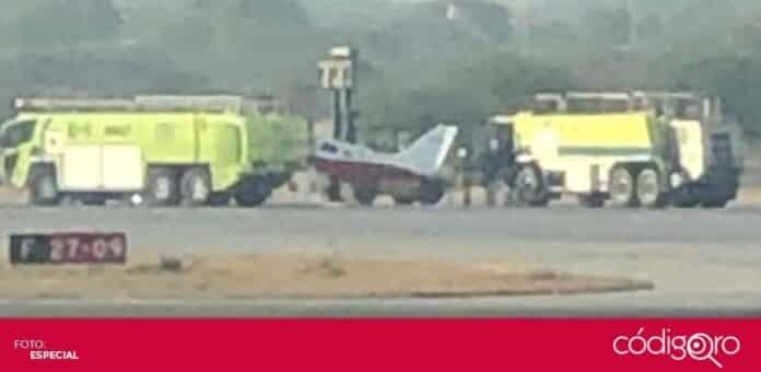La llegada de una aeronave sin tren de aterrizaje causó el cierre de operaciones del AIQ. Foto: Especial