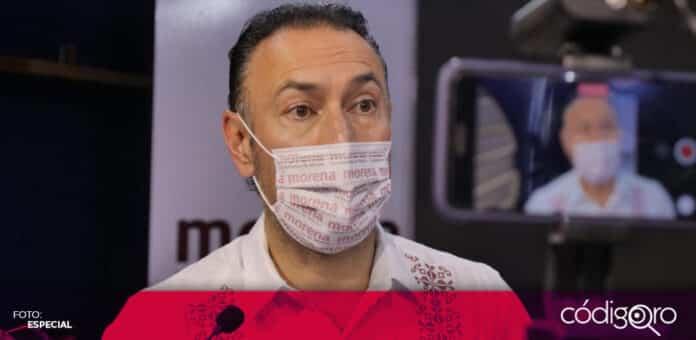 El candidato de Morena a la alcaldía capitalina, Arturo Maximiliano, señaló que las parejas del mismo sexo no tendrán que tramitar un amparo para contraer matrimonio. Foto: Especial