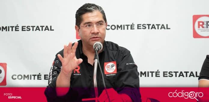 El candidato de RSP a la presidencia municipal de Querétaro, Carlos Rentería, expuso sus propuestas para prevenir inundaciones. Foto: Especial