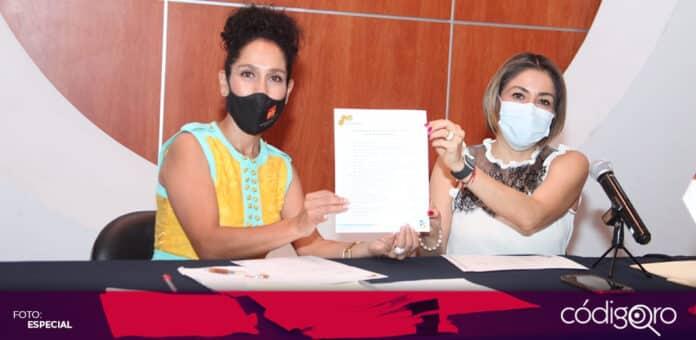 La candidata del PT a la gubernatura de Querétaro, Penélope Ramírez, presentó su propuestas al Colegio de Arquitectos. Foto: Especial