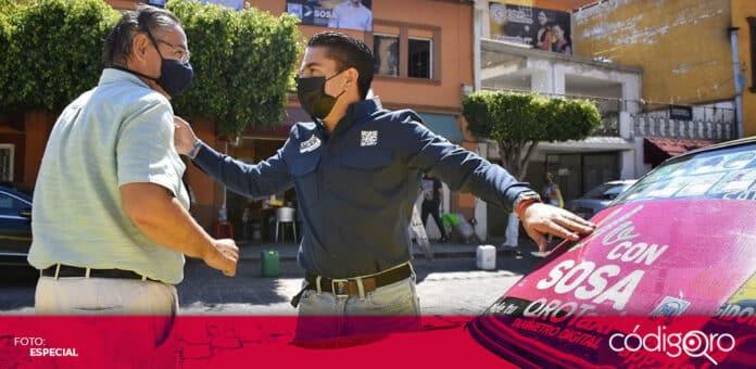 Roberto Sosa Pichardo, candidato del PAN a la alcaldía de Corregidora, recorrió la colonia El Pueblito. Foto: Especial