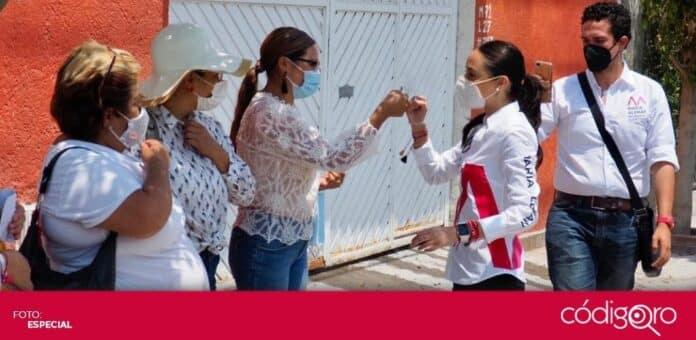 María Alemán, candidata del PRI a la presidencia municipal de Querétaro, se reunió con madres solteras. Foto: Especial