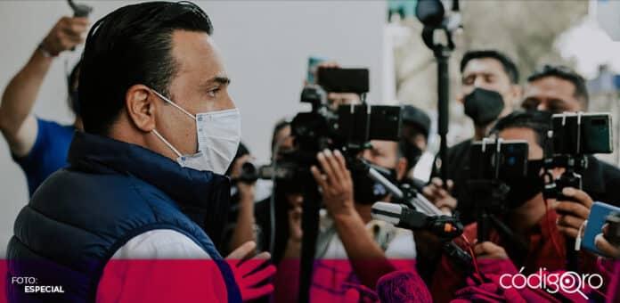 Luis Bernardo Nava Guerrero, candidato común del PAN y QI a la alcaldía capitalina, planteó apoyar a más de 30 mil negocios. Foto: Especial
