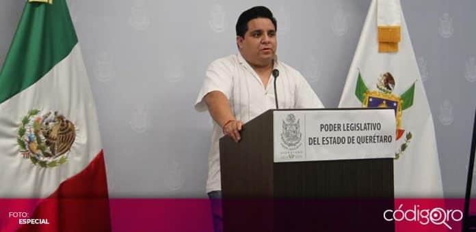 El diputado local de Morena, Fernando Islas, propuso garantizar la paridad de género en las administraciones municipales. Foto: Especial
