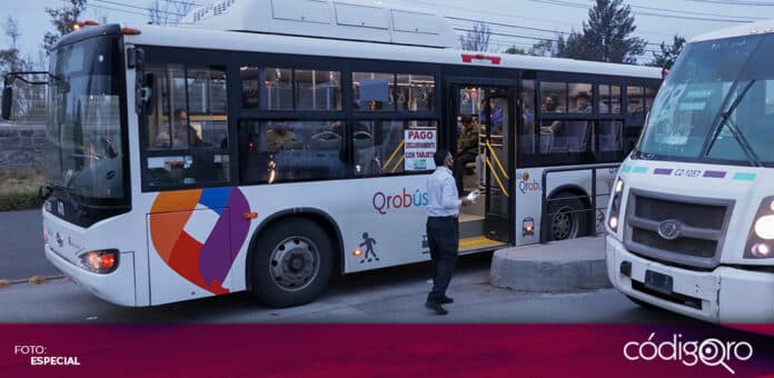 Ante robos a transporte público, impulsarán uso de tarjeta de prepago Qrobús. Foto: Especial