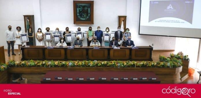 La UAQ entregó la edición 36ª del Premio Alejandrina a la Investigación. Foto: Especial