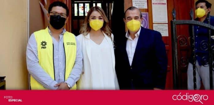 Vanesa Garfias se registró como candidata del PRD a la presidencia municipal de Querétaro. Foto: Especial