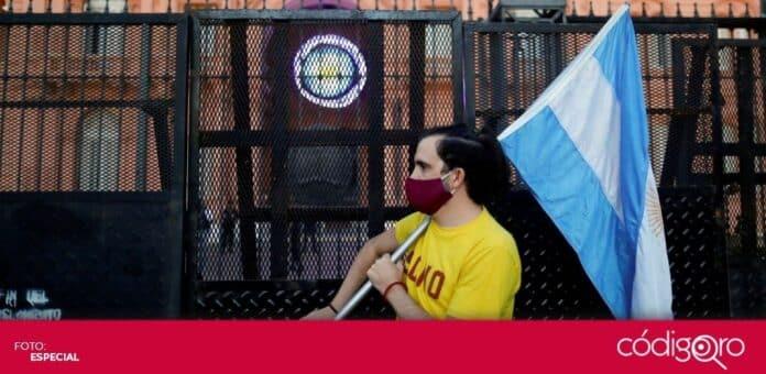 Argentina está sufriendo un severo repunte de COVID-19 con más de 30 mil casos nuevos diarios. Foto: Especial