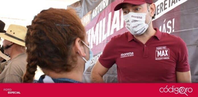 El candidato de Morena a la presidencia municipal de Querétaro, Arturo Maximiliano, se reunió con habitantes de Santa Rosa Jáuregui. Foto: Especial