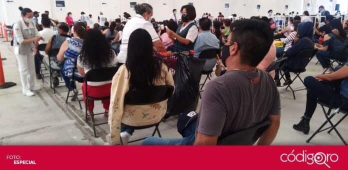 En el Eco Centro, comenzó la vacunación contra COVID-19 para profesores y mujeres embarazadas. Foto: Francisco Velázquez