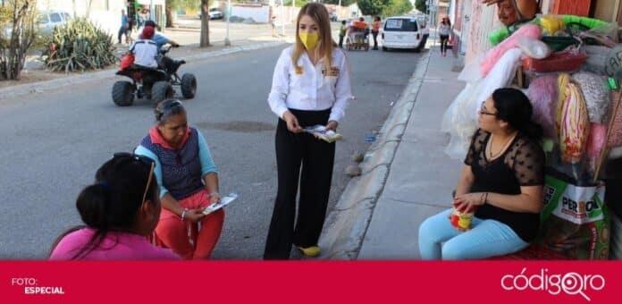 La candidata del PRD a la presidencia municipal de Querétaro, Vanesa Garfias, recorrió la colonia Loma Bonita. Foto: Especial