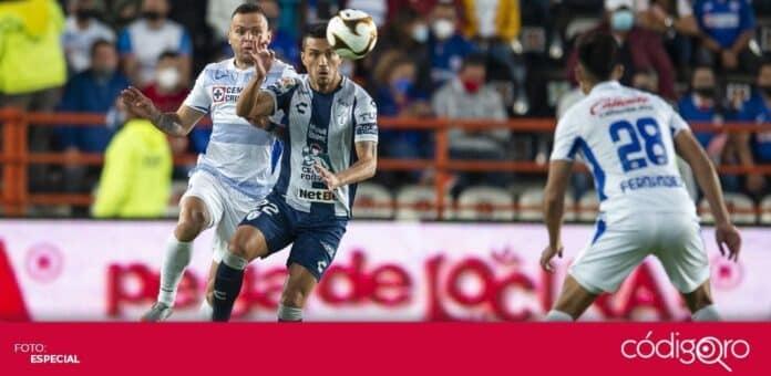 Los Tuzos de Pachuca y Cruz Azul empataron 0-0 en la cancha del Estadio Hidalgo. Foto: Mexsport