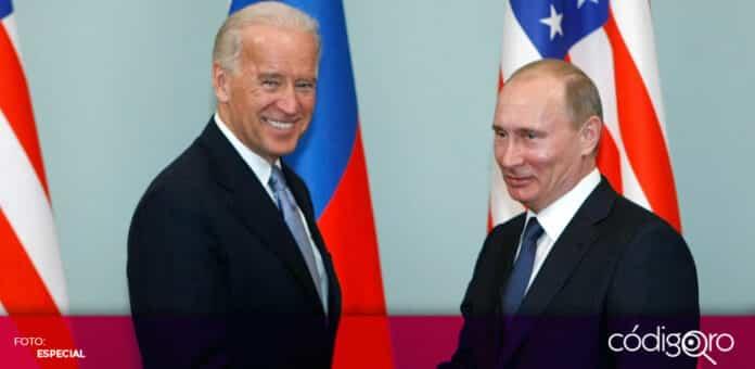 Los presidentes de Estados Unidos y Rusia, Joe Biden y Vladímir Putin, respectivamente, sostendrían una cumbre en Europa. Foto: Especial