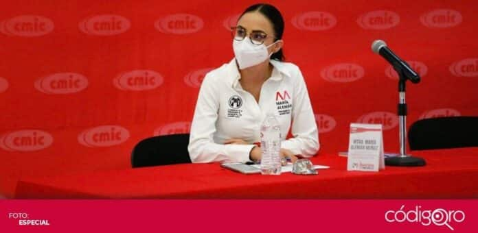 La candidata del PRI a la presidencia municipal de Querétaro, María Alemán, se reunió con miembros de la CMIC. Foto: Especial