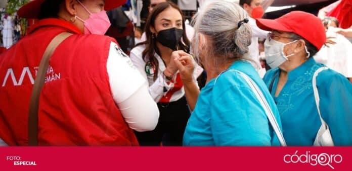 La candidata del PRI a la presidencia municipal de Querétaro, María Alemán, propuso apoyar a adultos mayores sin familia. Foto: Especial
