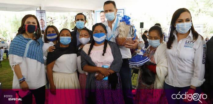 El candidato común del PAN y QI a la gubernatura, Mauricio Kuri González, se reunió con integrantes de comunidades indígenas. Foto: Especial