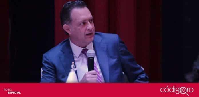 El candidato común del PAN y QI a la gubernatura, Mauricio Kuri González, participó en el diálogo organizado por la Diócesis de Querétaro. Foto: Especial