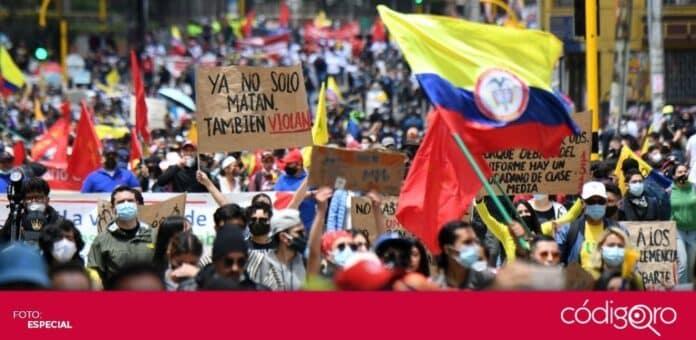 Las multitudinarias protestas contra la reforma fiscal en Colombia dejaron por lo menos 6 muertos. Foto: Especial