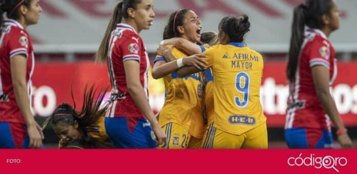 Tigres venció 2-1 a Chivas en la gran final de ida de la Liga BBVA MX Femenil. Foto: Mexsport