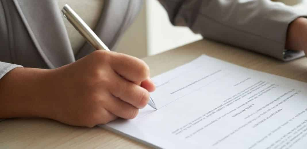 En varios países los documentos suelen ser legalizados en embajadas y consulados de países referentes al origen del documento de forma gratuita o con costos simbólicos. Foto: Especial