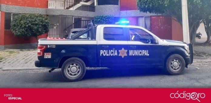 Cuatro personas fueron detenidas a bordo de un vehículo con reporte de robo vigente. Foto: Especial