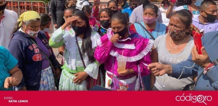Comerciantes fueron retirados del andador 5 de Mayo en el Centro Histórico de la ciudad de Querétaro. Foto: Katia Lemus