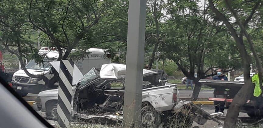 Se registra accidente vehicular sobre Paseo de la República