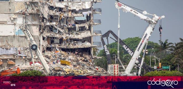 Suman 64 muertos tras el derrumbe de un edificio de departamentos en Florida. Foto: EFE
