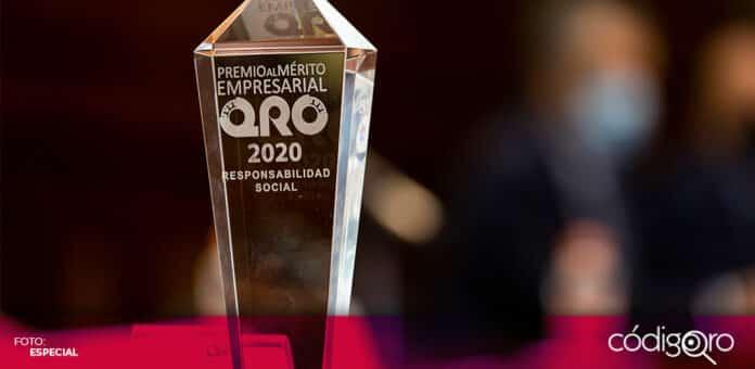 De manera virtual, el gobernador de Querétaro, Francisco Domínguez Servién, entregó el Premio al Mérito Empresarial. Foto: Especial