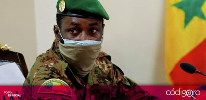 Assimi Goita, presidente interino de Mali, resultó ileso tras un intento de apuñalamiento. Foto: Especial