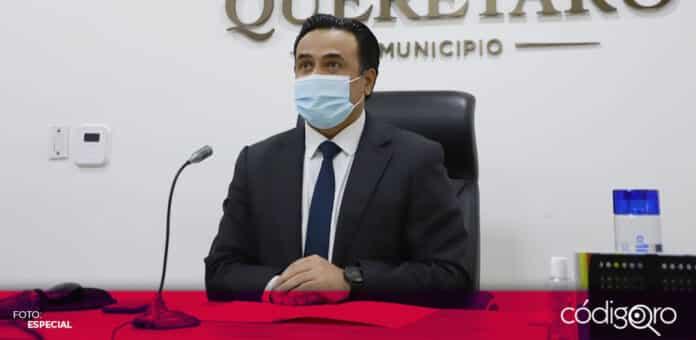 Luis Bernardo Nava Guerrero se reincorporó a sus actividades como presidente municipal de Querétaro. Foto: Especial