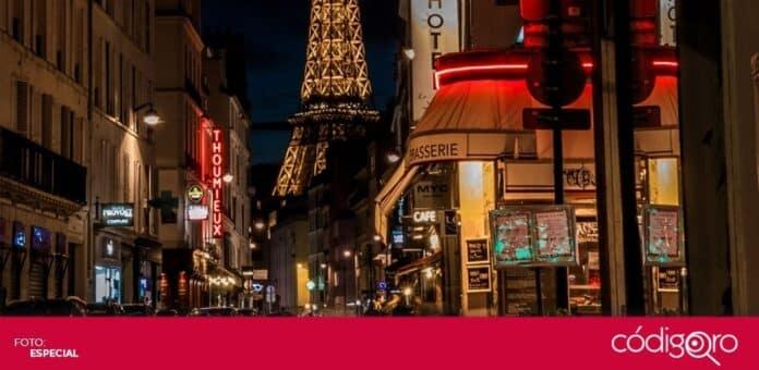 Después de haber permanecido cerrados durante 16 meses, los centros nocturnos de la ciudad de París reabrieron sus puertas. Foto: Especial