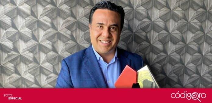 El presidente municipal de Querétaro, Luis Bernardo Nava Guerrero, recibió el Premio a Mejores Prácticas de Gobiernos Locales. Foto: Especial