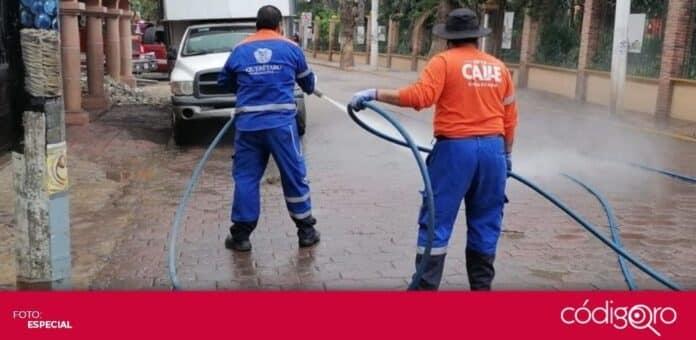 La Secretaría de Servicios Públicos Municipales de Querétaro apoya las labores de limpieza en Tequisquiapan. Foto: Especial