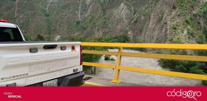 Dos comunidades del municipio de Cadereyta de Montes están aisladas por el desfogue de la presa Zimapán. Foto: Especial