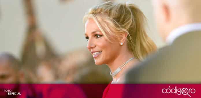Una jueza suspendió la tutela del padre de Britney Spears sobre la vida y dinero de la cantante. Foto: Especial