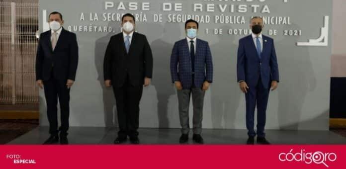 El presidente municipal de Querétaro, Luis Bernardo Nava, encabezó el cambio de mando de la SSPMQ. Foto: Especial